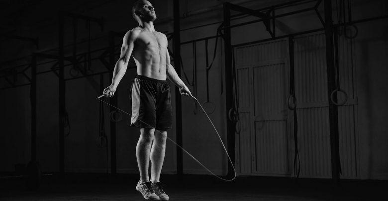 Saltar la cuerda beneficios hombres